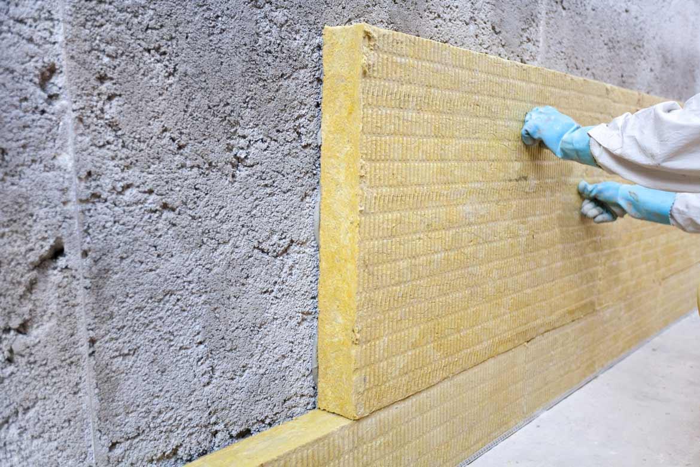 Pose d'une isolation des murs par l'extérieur