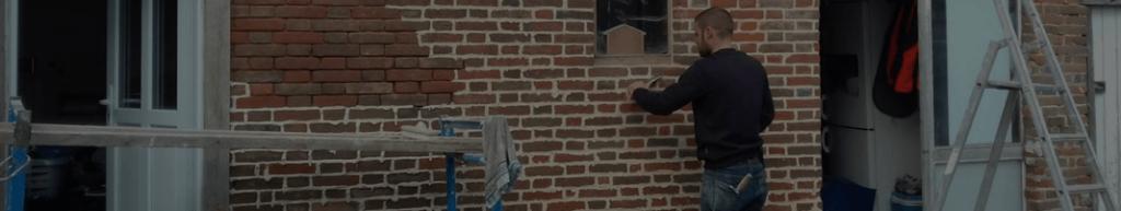 Ravalement d'une façade en brique