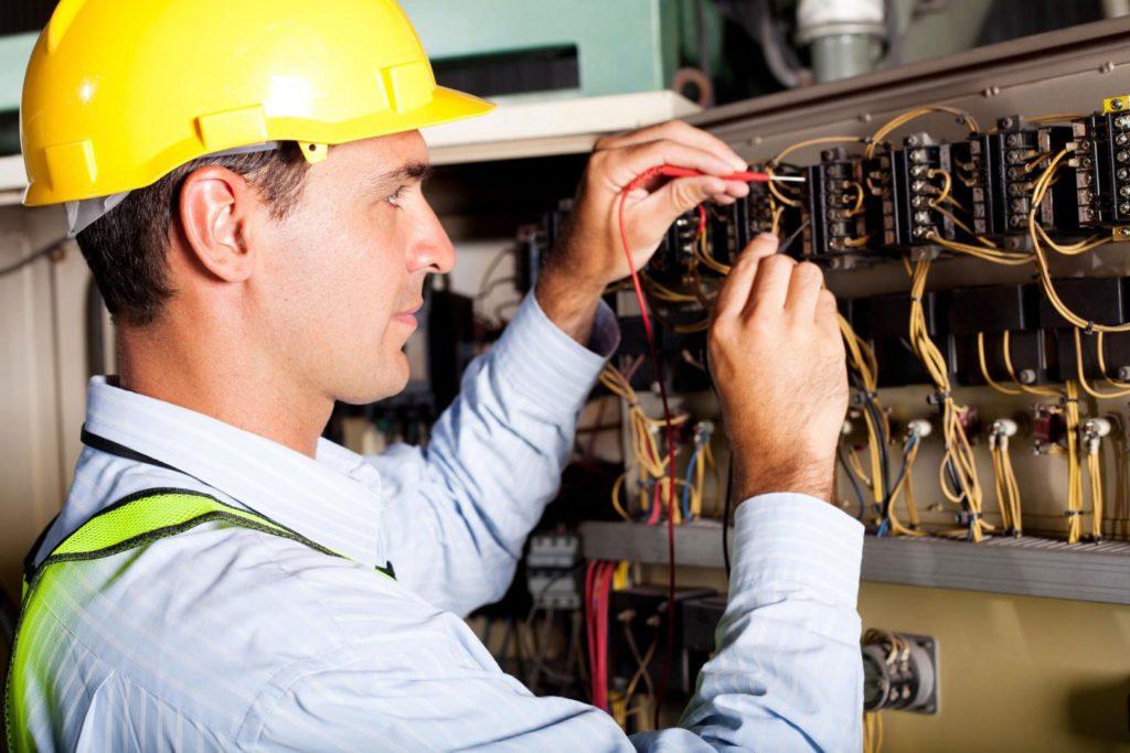 responsable-technique-electricien
