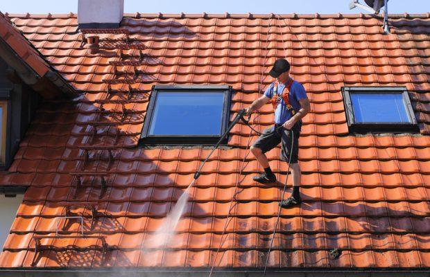 704, 704, Traitement hydrofuge de toiture, PPF-Traitement-1.jpg, https://www.preservationdupatrimoine.fr/wp-content/uploads/PPF-Traitement-1.jpg, Travaux de traitement hydrofuge de toiture, 9, , , ppf-traitement-1, 2016-10-31 13:39:36, 2018-06-05 12:15:11, image/jpeg, image, https://www.preservationdupatrimoine.fr/wp-includes/images/media/default.png, 800, 533, Array