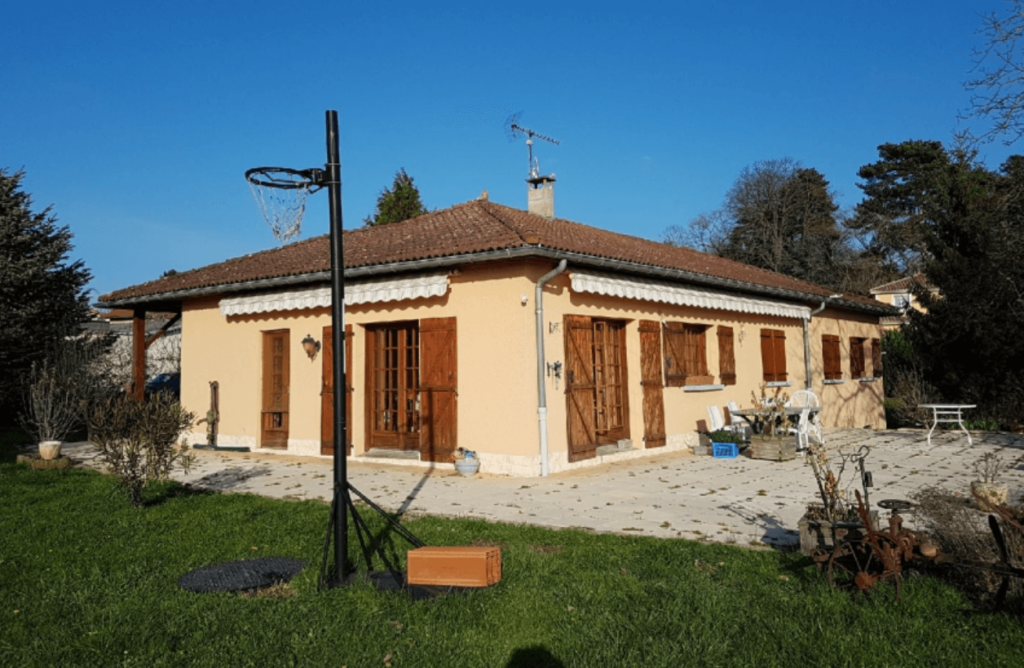 Maison dont la façade a été ravalée à Lyon